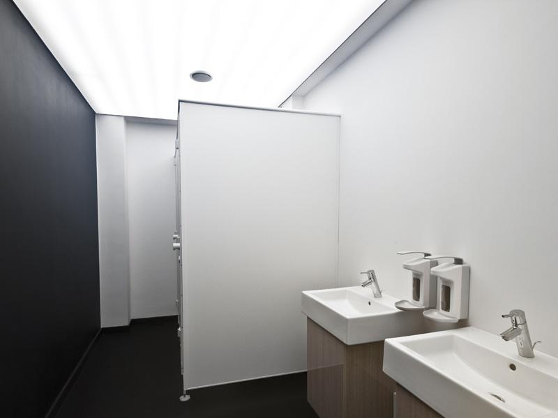 Sanitärräume, sanitary facilities