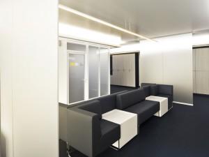 Warteraum, waiting area